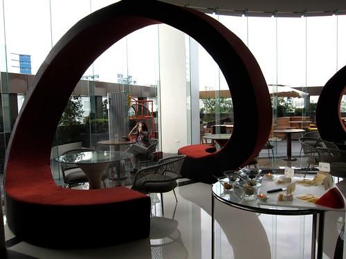 F Restaurant at F1 Hotel