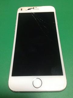 98_iPhone6のフロントパネル液晶割れ