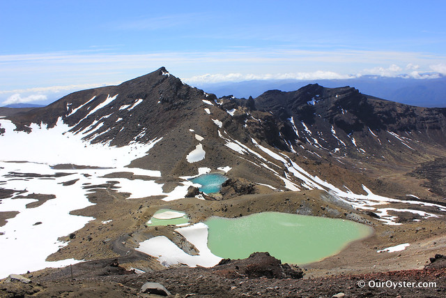 Blue and green lakes on the Tongariro Crossing