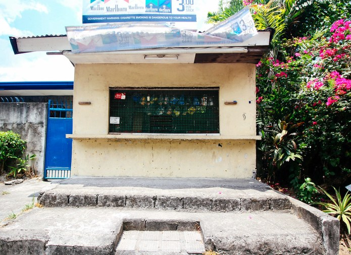 closed store-2