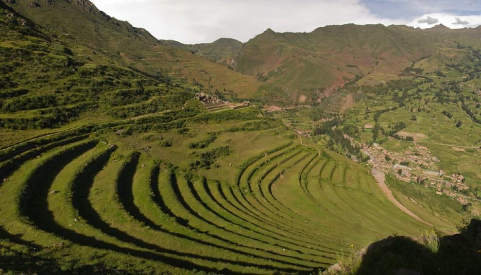 El ancestral pueblo Inca alcanzó su poderío y bienestar, gracias a la adopción del cultivo en terrazas. Valle Sagrado, Cuzco, Perú. (Guillermo Morales)
