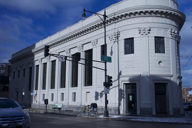 Noel State Bank Building, 1601 N. Milaukee