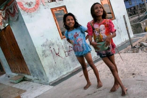 Bajo girls. Kampung Rinca, Komodo
