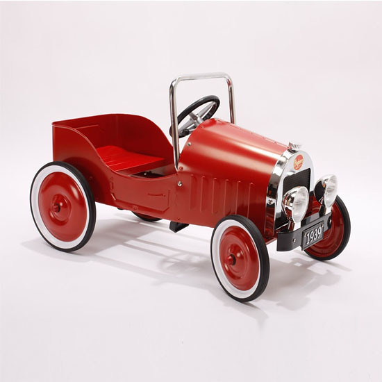 Baghera red pedal car