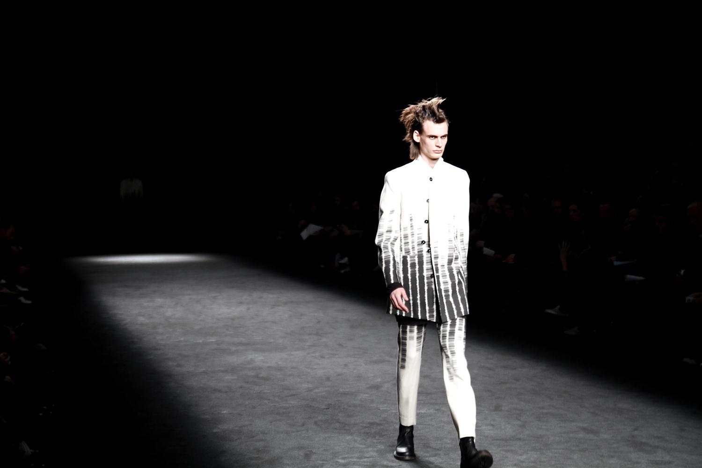 Tuukka13 - 2012_01_21 Ann Demeulemeester - Mens FW 2012 Collection Show, Paris Mens Fashion Week - 1
