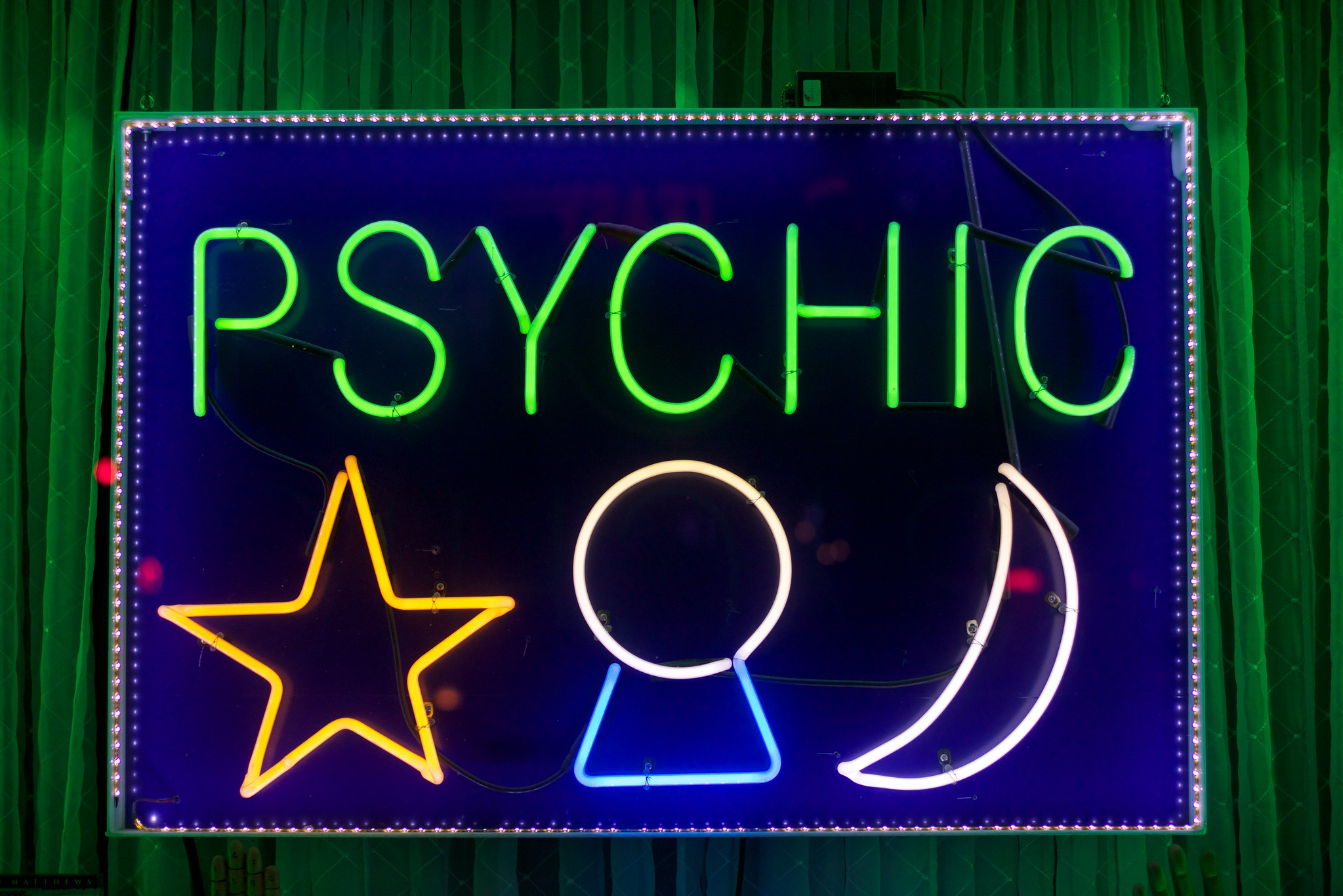 US prosecutors say they've shut down fake psychic scam