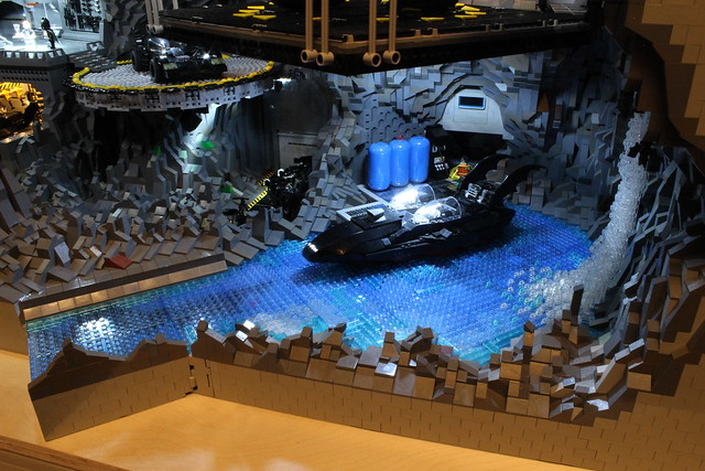 8074987050 22f24ac5af z The Bat Cave Built From 20,000 Lego Parts