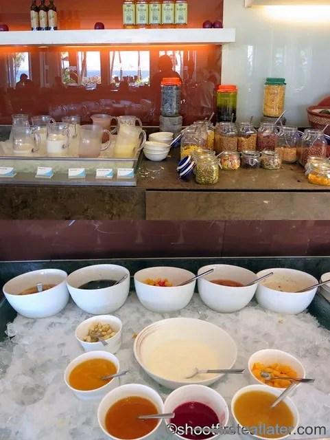 breakfast buffet at Acqua, Shangri-La Mactan-004