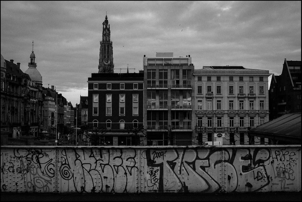 Tuukka13 - PHOTO DIARY - A Day in Antwerp, Belgium - April, 2013 -3