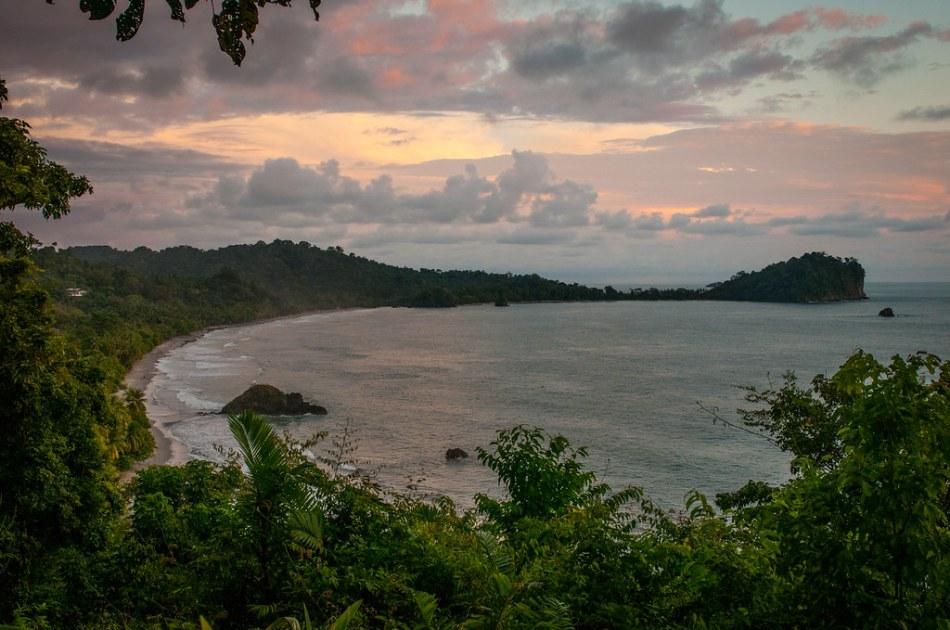 Playa Espadilla Costa Rica-10