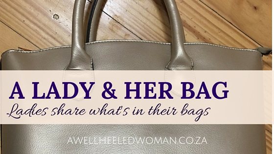 A Lady & her bag series featuring Ayanda from Beat my Blush. Telling us what's in her make-up bag bag