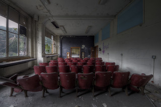 Lecture theatre in decay.