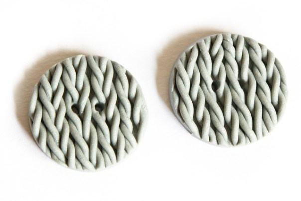 Polymer clay 'knitted' buttons