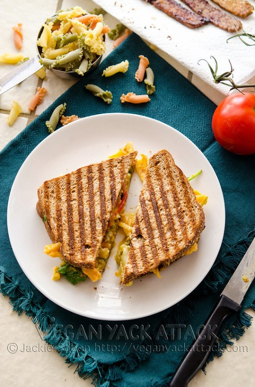 Grilled Mac n Cheese BLT - Take your BLT, add some mac 'n' cheese then grilled it for extra awesomeness! Vegan, Nut-free, Gluten-free with subs