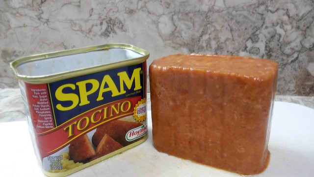 Spam Tocino unboxed