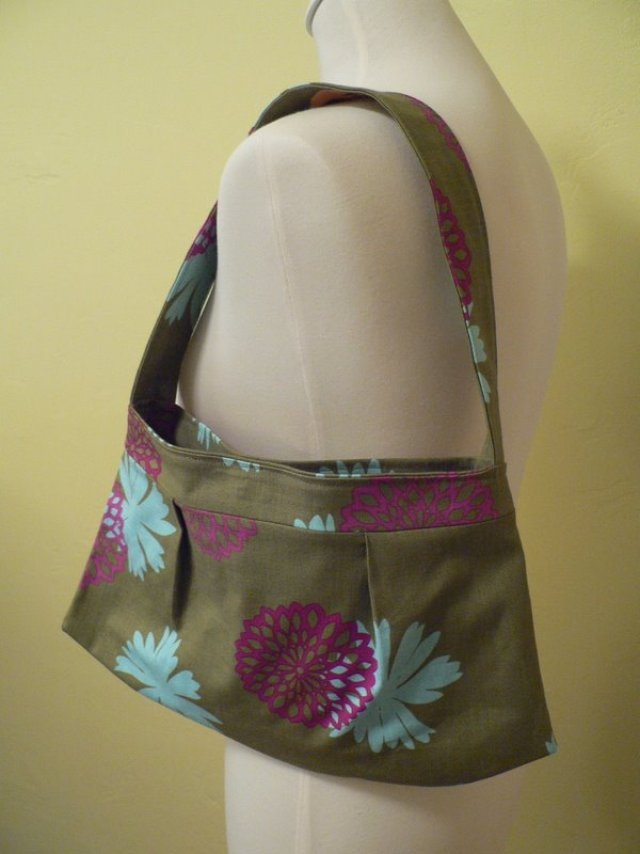 magnetic snap hobo bag