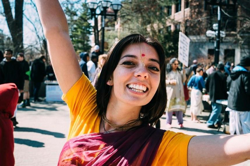 Hare Krishna: Dance