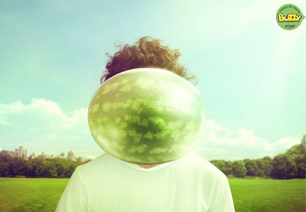 buzzy-bubble-buzzy-bubble-fruit-gum-watermelon-blueberry-print-367674-adeevee