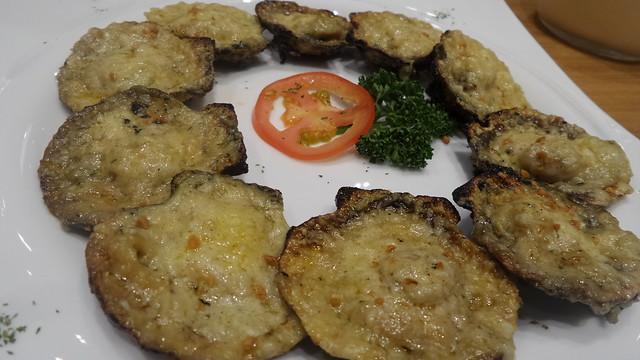 scallops at Kuya J