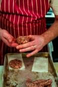 Making sausage patties
