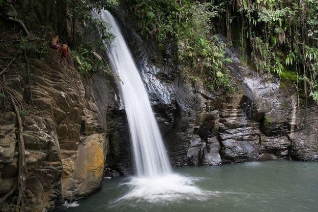 The waterfall. Moni