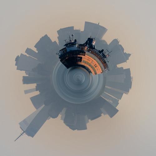 DSCF6106-1-tinyplanet.jpg