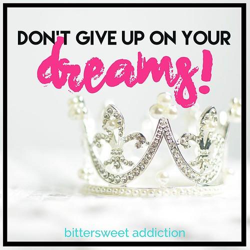Don't ever give up on your dreams! #motivational #inspirational #inspiretobeinspired #inspire #quote #positive #positivevibes #business #lifegoals #challenge #workethics #panduan #bisnes #usahawan #entrepreneur #womenentrepreneur #homemade #premium #kelan