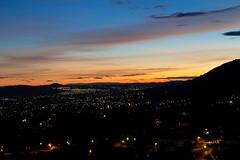 Amanecer desde mirador municipal de San Salvador, El Salvador 5:30 a.m