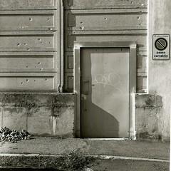 Del chiudere porte
