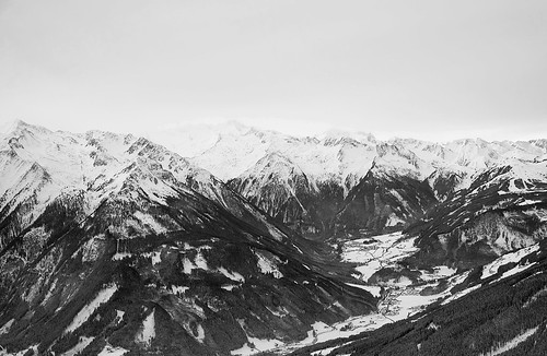 """pinzgau • <a style=""""font-size:0.8em;"""" href=""""http://www.flickr.com/photos/22289452@N07/16257377387/"""" target=""""_blank"""">View on Flickr</a>"""