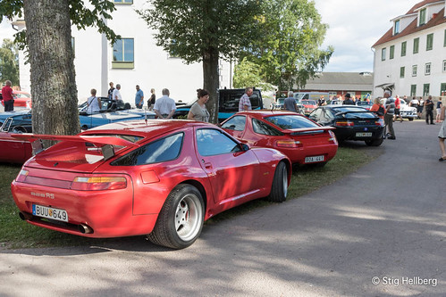 """Porsche 928 • <a style=""""font-size:0.8em;"""" href=""""http://www.flickr.com/photos/54582246@N08/27893791373/"""" target=""""_blank"""">View on Flickr</a>"""