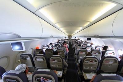 Gulf Air A320 inflight | GF509, Bahrain to Dubai. All ...