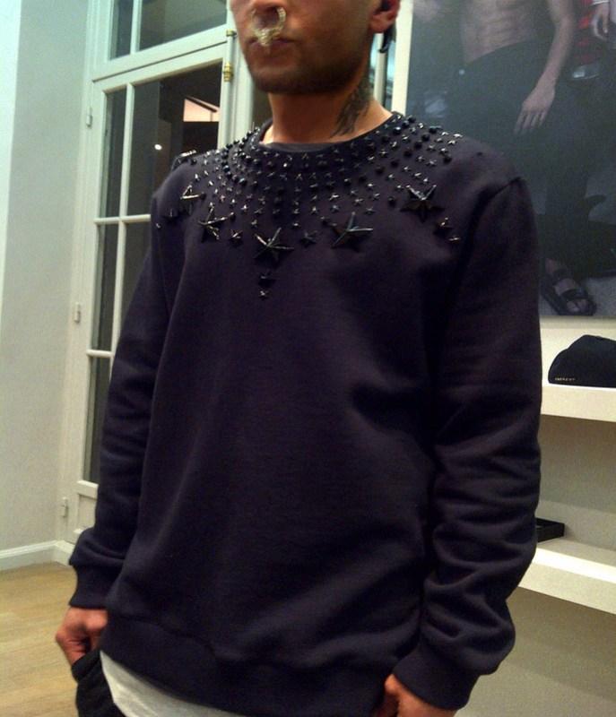 Givenchy FW 12 Stars Swetshirt