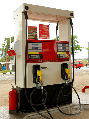 gas-pump-photo2-l