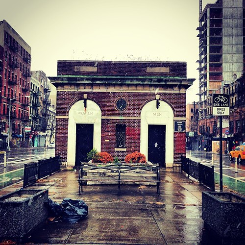 Delancey street #lowereastside #les #nyc #newyorkcity
