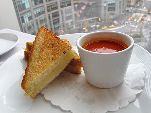 grilled cheese sandwich at Robert