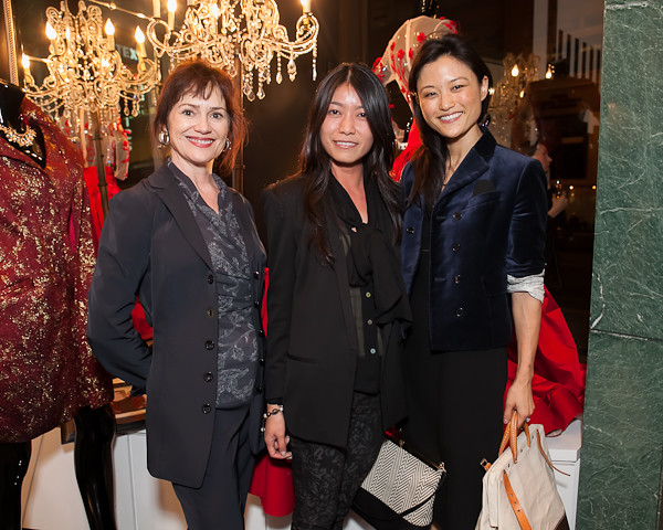 V'Anne Singleton, Beatrice Pang, Catherine Kwong