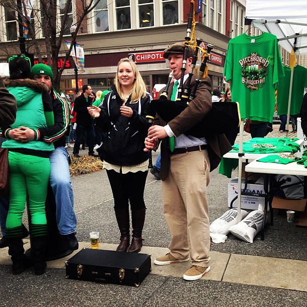 Bagpipes! #stpatricksday #pittsburgh #17daysofgreen