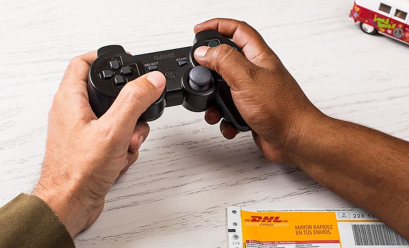 dhl_controller