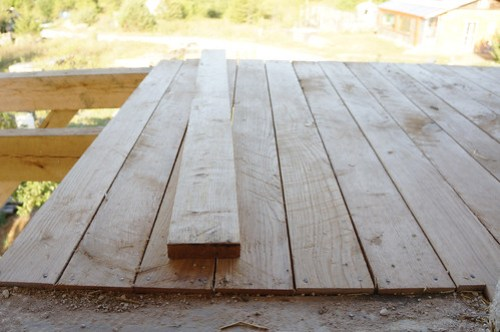 White Oak Deck Wood 02
