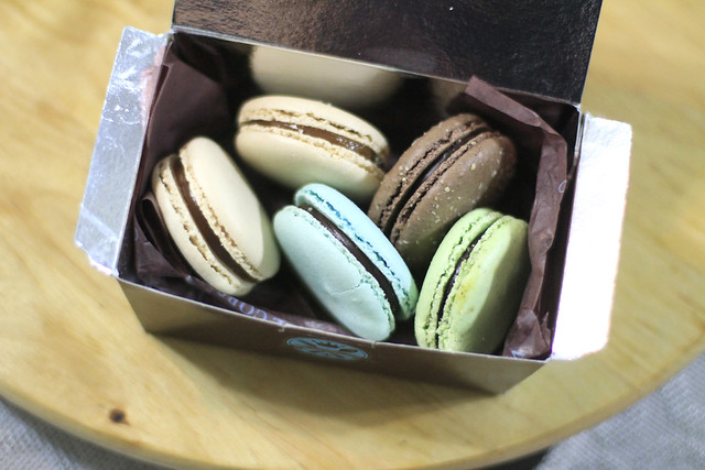 Things I Love: Macarons by MakMak