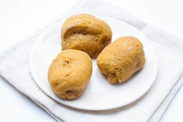 pumpkin spice rolls