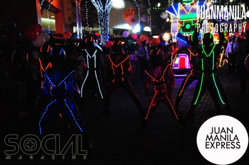 Photos from the annual Grand Festival of Lights Parade.