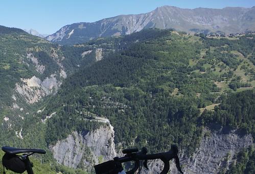 Hairpins up to Col du Mollard