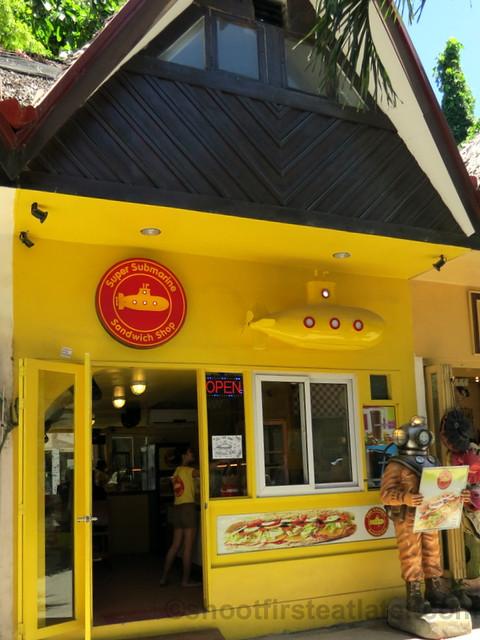 Super Submarine Sandwich Shop