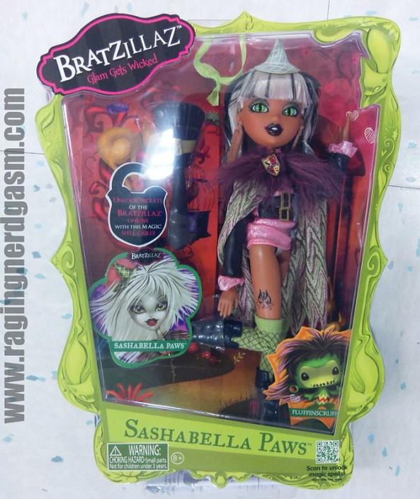Bratzillaz Dolls Sashabella Paws_01