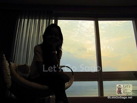 Mystery Lady Shadow w/ Manila Bay background