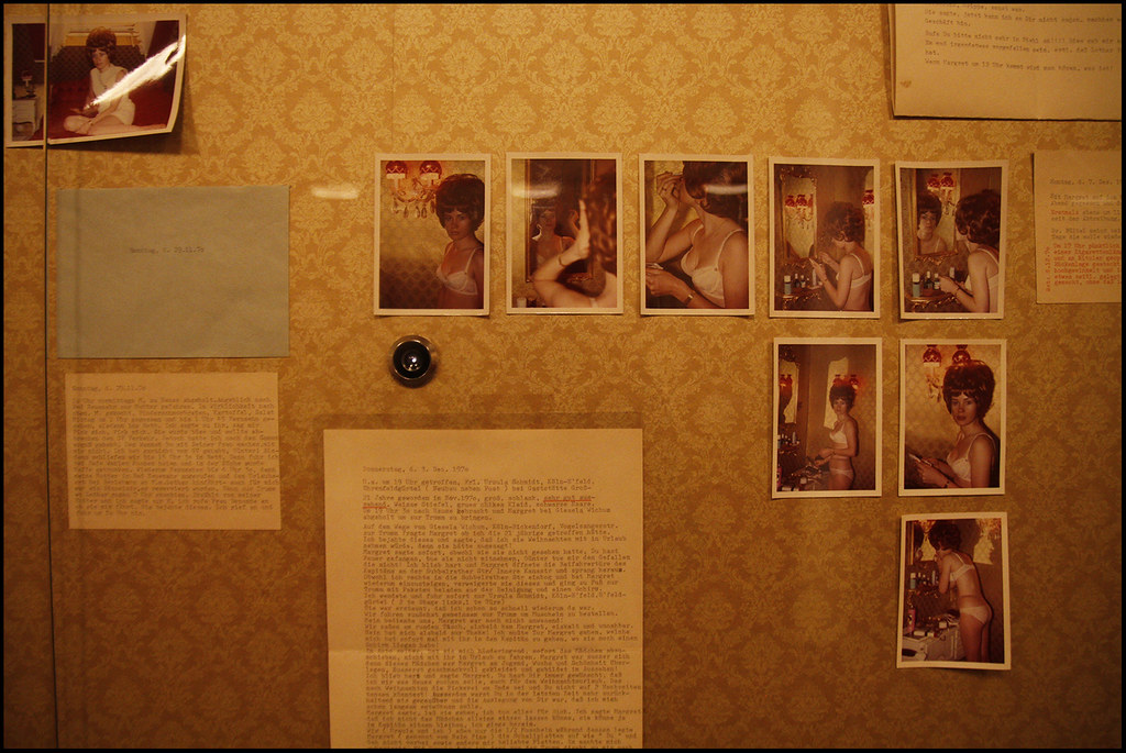 Tuukka13 - Photo Recap - ONE ON ONE - KW Institute for Contemporary Art, Berlin - 01.2012 - 14