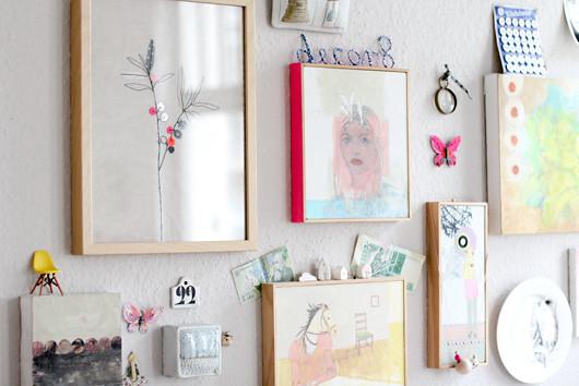 Easy DIY: Taped Frames