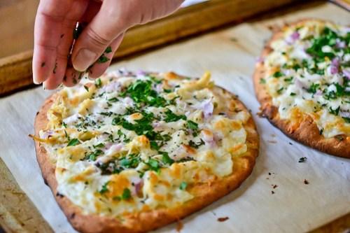 Roasted Garlic, Chicken & Herb Flatbread Pizza-10
